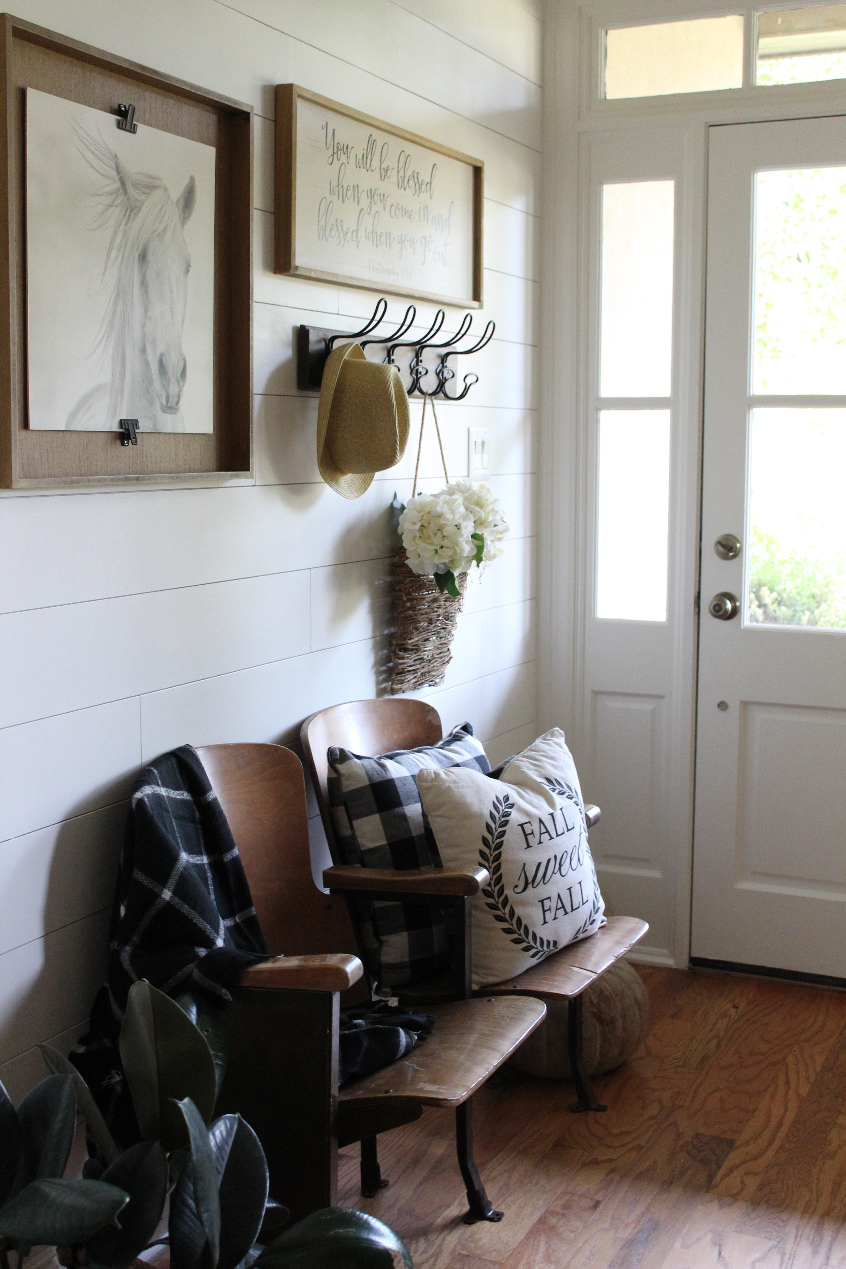 Farmhouse Foyer Zara : Farmhouse foyer reveal beauty for ashes